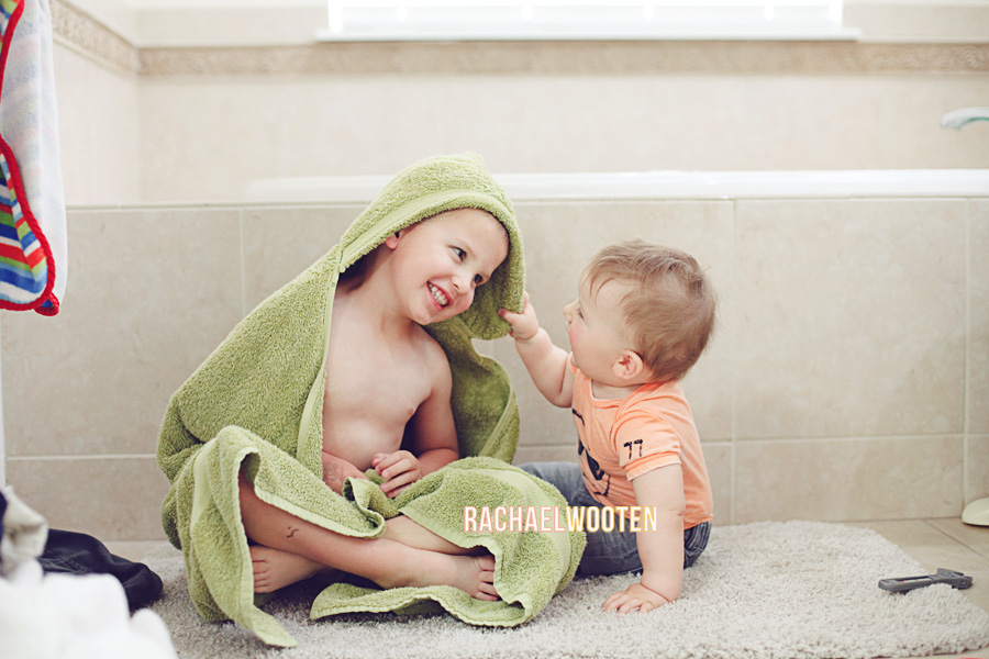 Rachael Wooten Photography Denver Parker Aurora Colorado Baby Toddler Siblings Child Family Lifestyle In Home Photographer