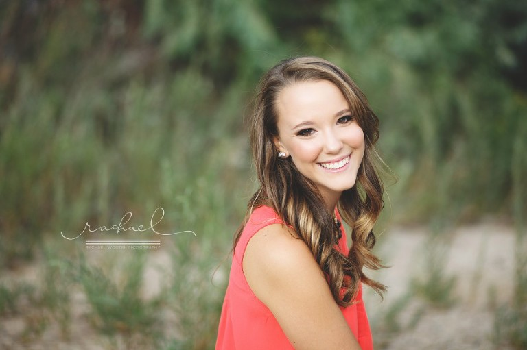 Rachael Wooten Photography is the best high school senior portrait photographer in the Denver, Parker, Aurora, Littleton, Highlands Ranch and Centennial city providing makeup and styling for senior pictures.